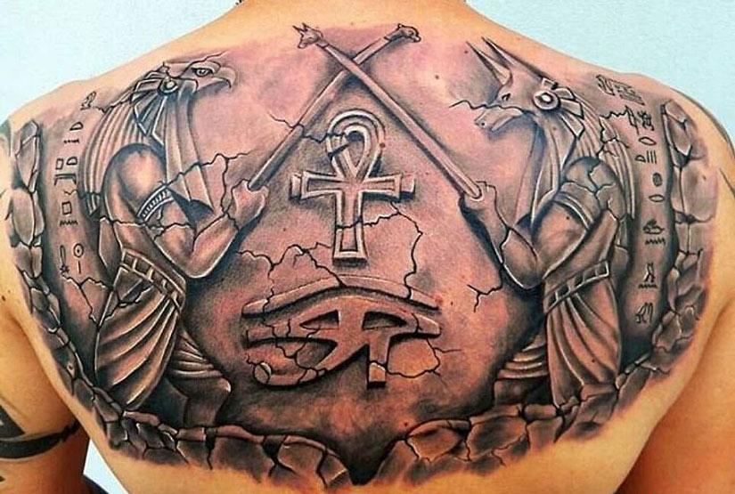 Египетские татуировки на спине