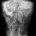 Татуировка на всю спину с цербером