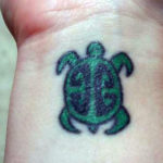 Тату зеленой черепахи, минимализм