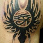 Египетская тату тату глаз в кельтском стиле