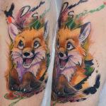 Мультяшная татуировка лисы
