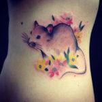 Тату мышь с цветами, акварель
