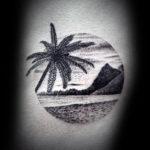 Тату пальм, океан, горы