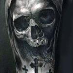 Тату смерть, на кладбище