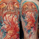 Татуировка медузы с черепом