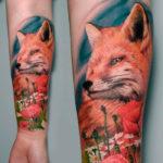 Морда лисы тату с цветами, в стиле реализм