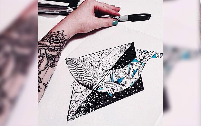 Эскиз тату кита в абстрактном треугольнике