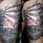 Тату маяк, чайки и море