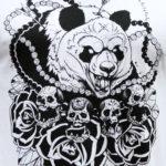 Панда с черепами