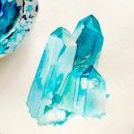 Эскиз тату с красивым и реалистичным кристаллом