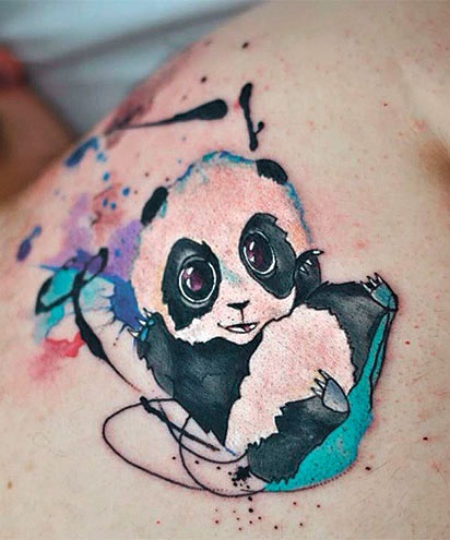 Тату панды для девушек