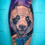 Тату панды в стиле геометрия