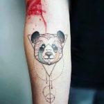 Панда с треугольником
