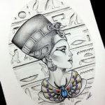 В египетском стиле