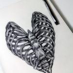 Скелет в форме сердца