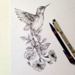Колибри с хвостом из цветов