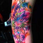 Абстрактная татуировка в стиле акварель