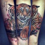 Красивая тату с тигром