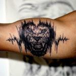 Лев с кардиограммой