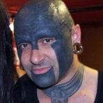 Татуировка лэк ворк на лице