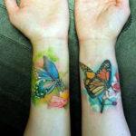 Цветная тату с бабочками