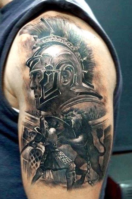 Гладиатор в бою со львом и портрет в профиль