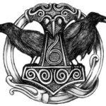 Молот тора с воронами