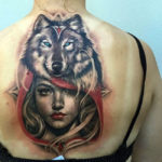 Девушка с волком