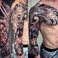 Черно-белый тату рукав с драконом в японском стиле