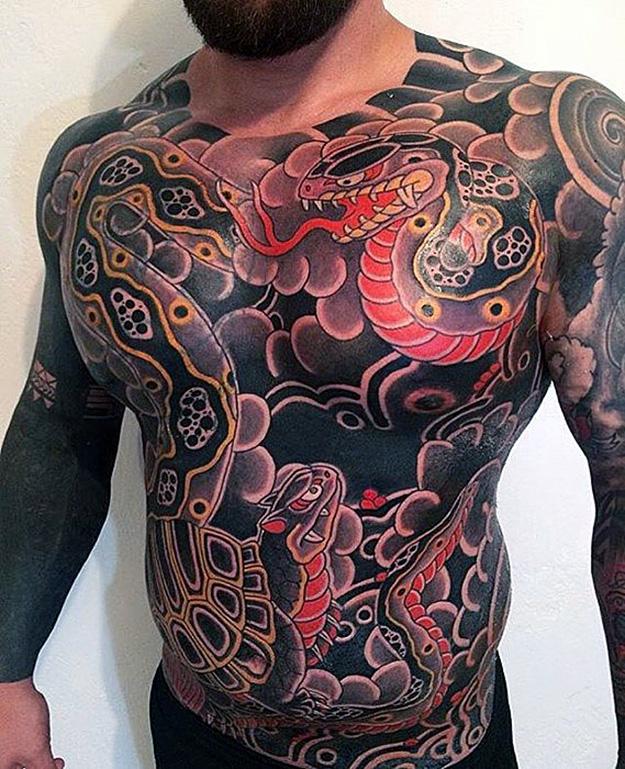 фото фото татуировок якудза телеведущий подвергает иронии