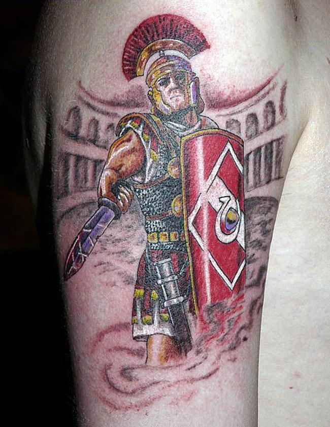 Цветная тату гладиатора Спартака фаната клуба