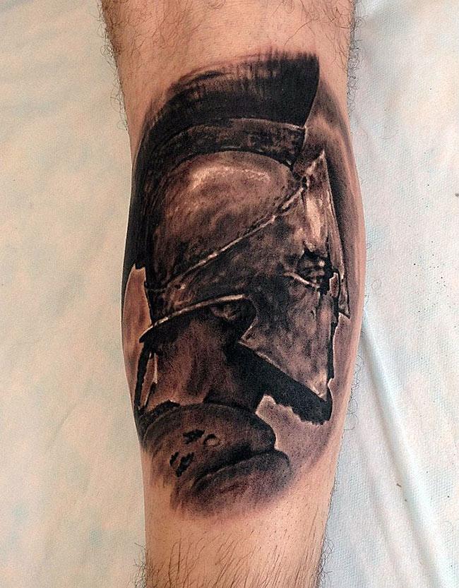 Татуировка гладиатор в профиль
