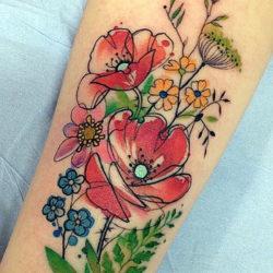 Абстрактная тату полевых цветов